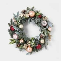 Evergreen Christmas wreath with glass baubles