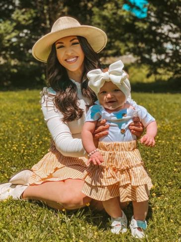 Cute skirt mother and daughter matching outfit