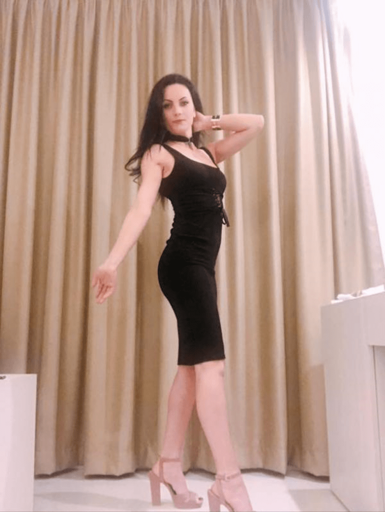 Look elegant in sexy dress and high heels