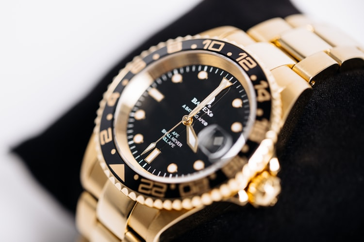 Luxury pawn shops to buy and sell rolex. What is a luxury pawnbroker and what it does. Pre-owned rolex for sale