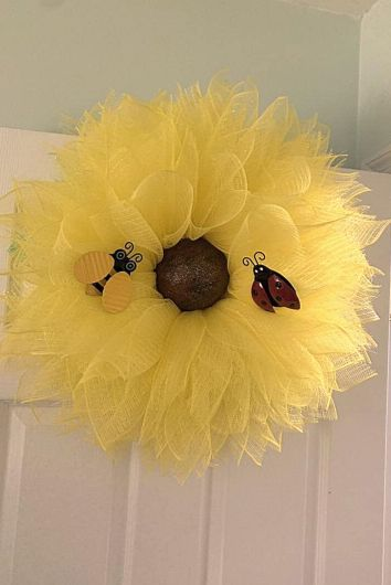 Mesh Sunflower wreath decor