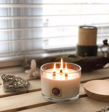 Premium Luxury Candle - Make your home smell Christmassy