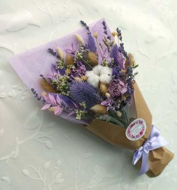 Purple dried flower bouquet