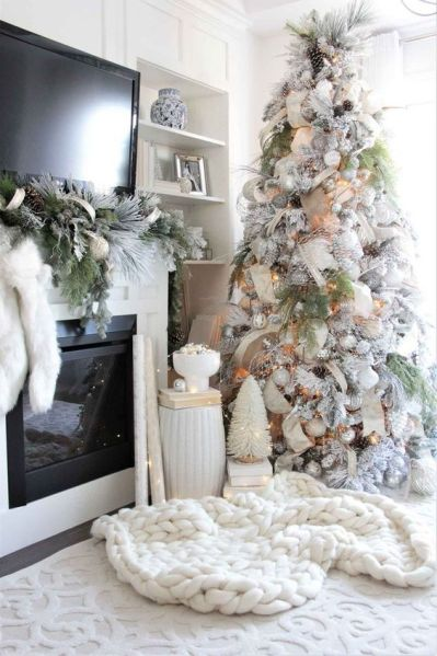 Quirky Christmas tree decorating inspiration