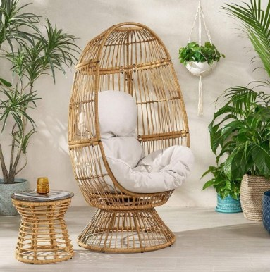 Rattan Egg Chair with Cushion for indoor or patio
