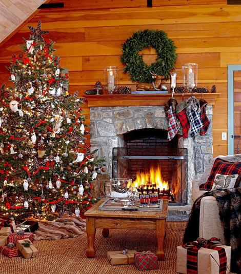 Rustic fireplace Christmas decor ideas