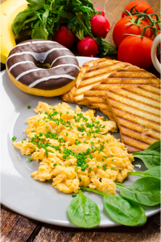 Scrambled Eggs with Tomatoes and Spinach for a quick breakfast ideas