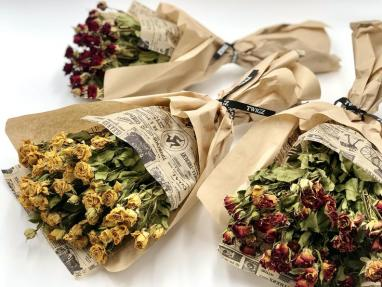 Small Dried Rose Bundles