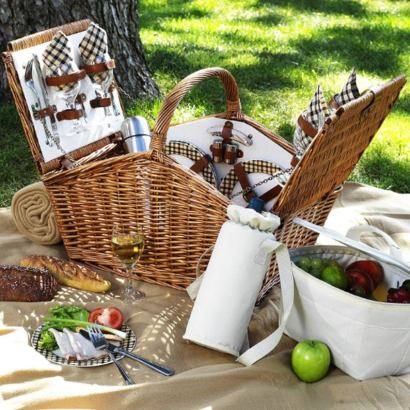 Willow Woven English Picnic Basket Set. The most affordable picnic basket and hampers for grab and go