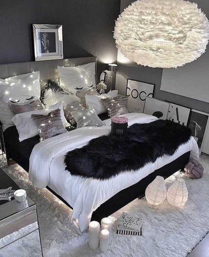 Glamorous bedroom décor