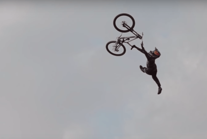 Andreu Lacondeguy turns it up for Commencal