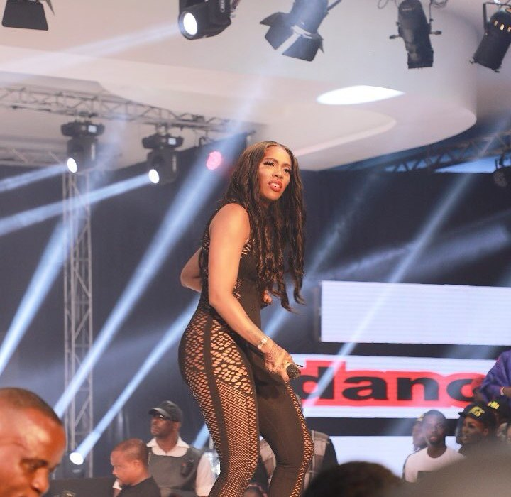 Tiwa Savage steps out without underwear