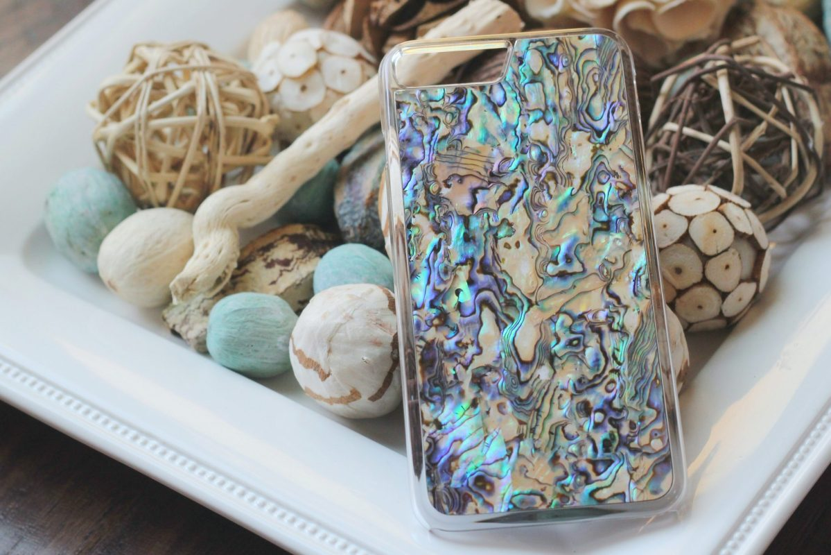 Review of my gorgeous handcrafted  iphone case from Carved!