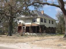 PascagoulaBeachBlvdHouse from http://www.mississippiheritage.com/HurricaneKatrina.html accessed 8-24-2014