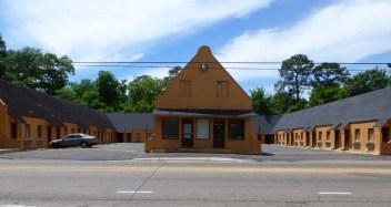 El Patio Motel Laurel02