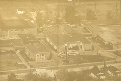 1958 view, Pearl School, fromhttps://www.pearl.k12.ms.us/Domain/30