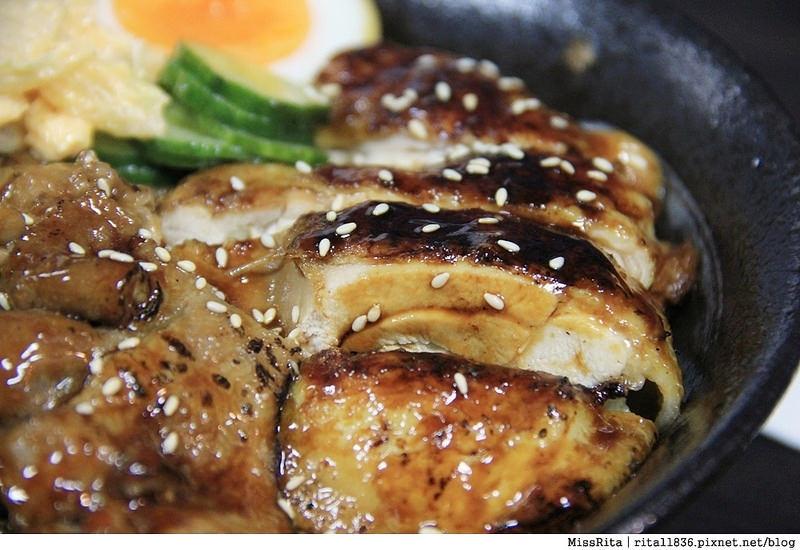 台中深夜食堂 台中火車站美食 台中好吃 台中日式 飯飯 台中燒肉飯 易之味手工泡菜 台中平價美食2