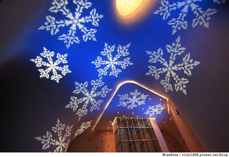 台中歌劇院光雕 台中耶誕 台中聖誕活動 臺中國家歌劇院 臺中國家歌劇院聖誕 聖誕燈光秀 歌劇院聖誕燈光14