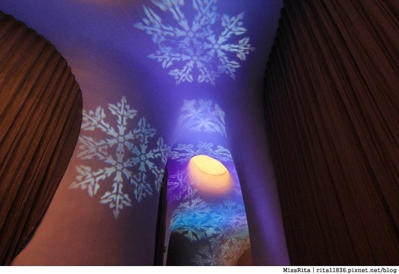 台中歌劇院光雕 台中耶誕 台中聖誕活動 臺中國家歌劇院 臺中國家歌劇院聖誕 聖誕燈光秀 歌劇院聖誕燈光7