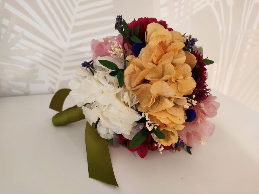 Ramo de flores preservadas Juliana