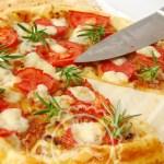 Tarta de tomate y cebolla caramelizada