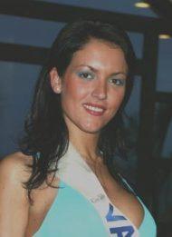 2004 DAVINIA MARTINEZ