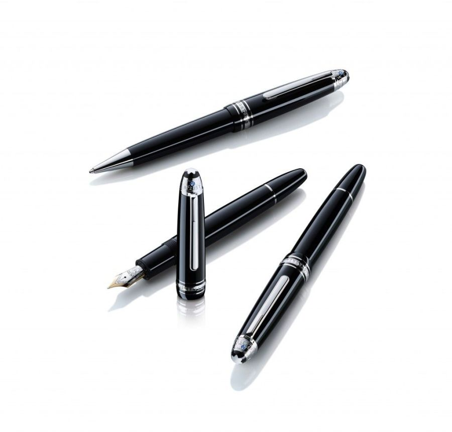 Montblanc_Signature_For_Good_Writing_Instruments_FamilyShot_1