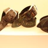 Cinture Orciani in pelle dipinte a mano con il pennello