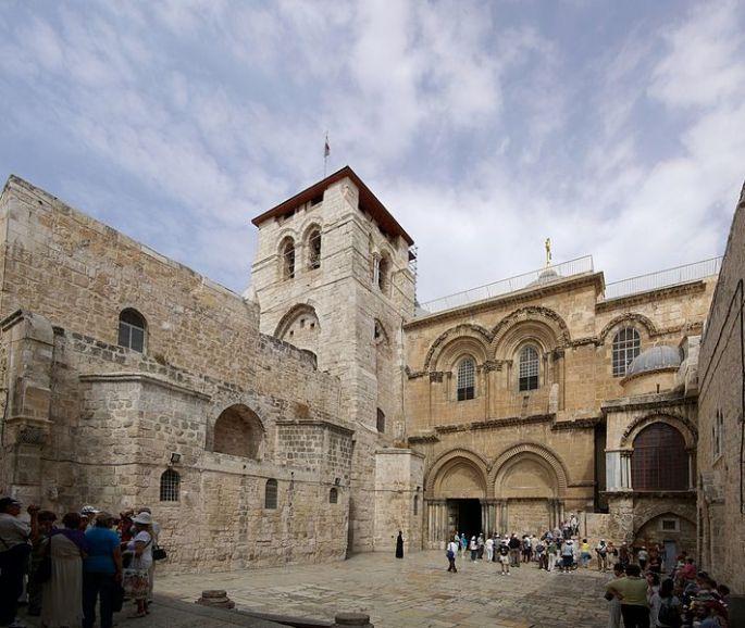 711px-jerusalem_holy_sepulchre_bw_19