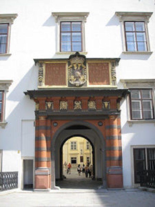 schweizertor_hofburg_vienna-225x300