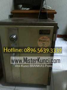 Ahli Kunci Brandkast Panggilan Profesional Terpercaya di Sawahbesar, Gayamsari, Semarang hubungi 0896-5639-3339