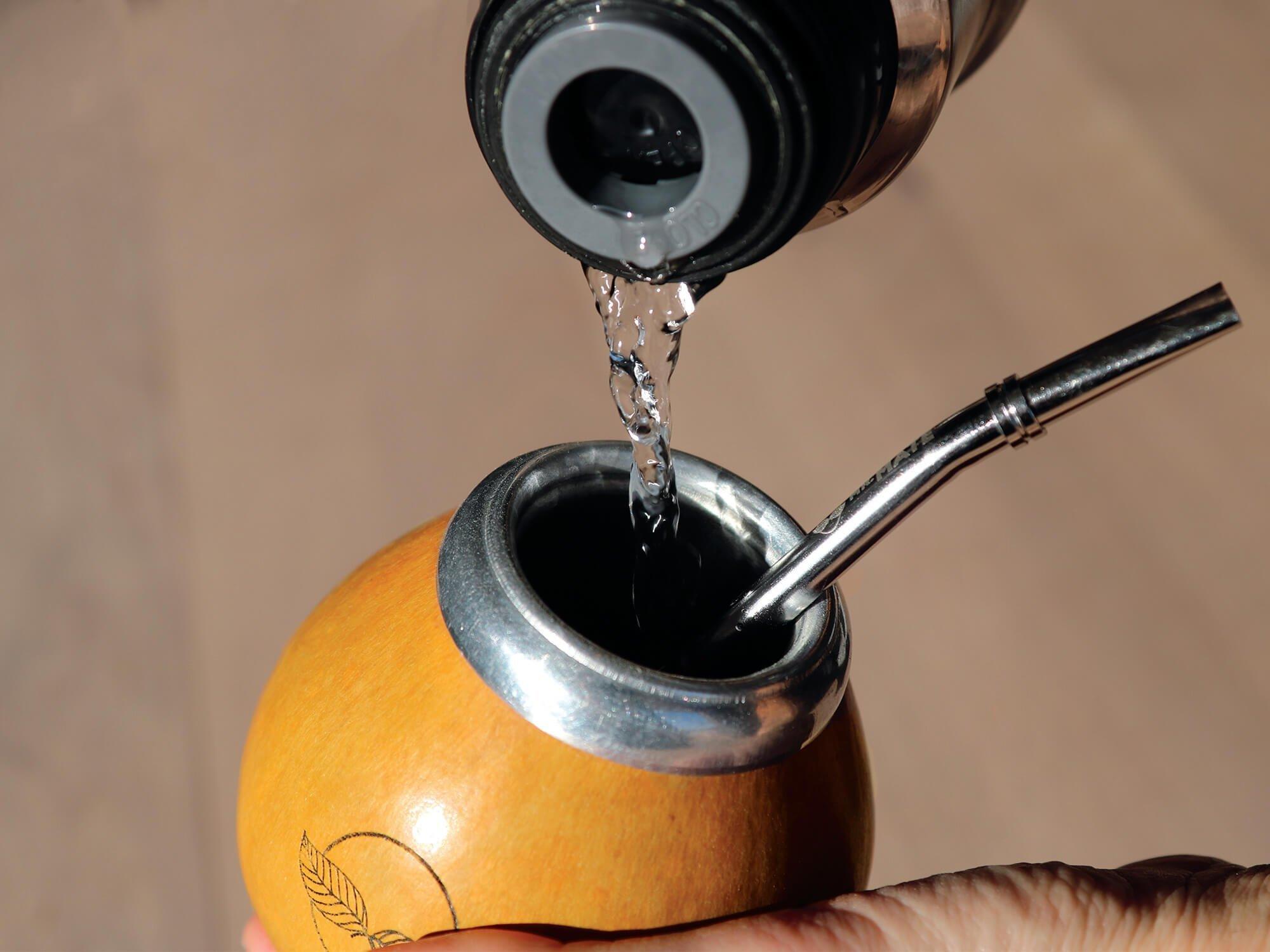 mate inschenken water drinken gezonde yerba mate