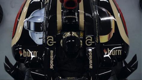Les Daft Punk sur les monoplaces de l'écurie Lotus pour le GP de Monaco