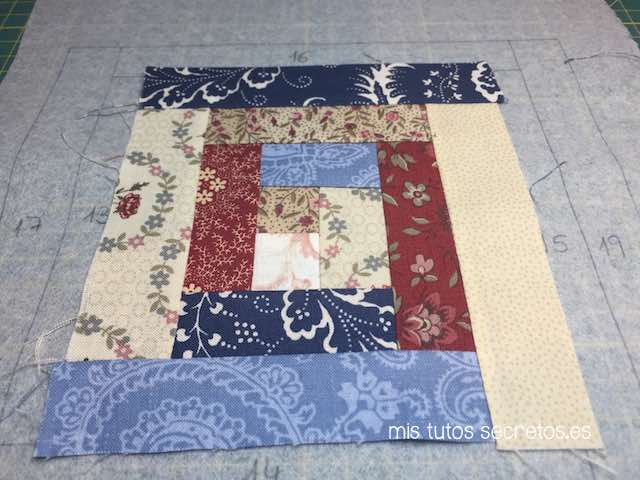 Log Cabin Patchwork 12