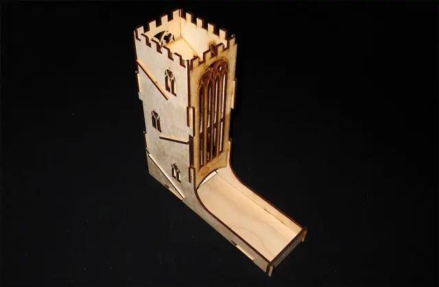 Torre de Dados Castillo: detalle