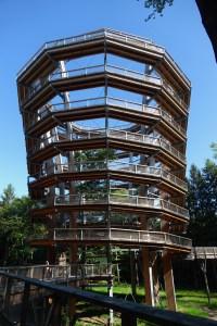 Turm auf dem Baumwipfelpfad im fränkischen Steigerwald