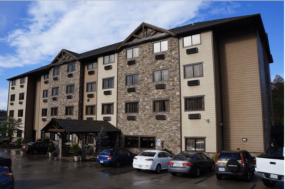 Hotel Management Services Acquires Brookstone Lodge in Asheville, NC