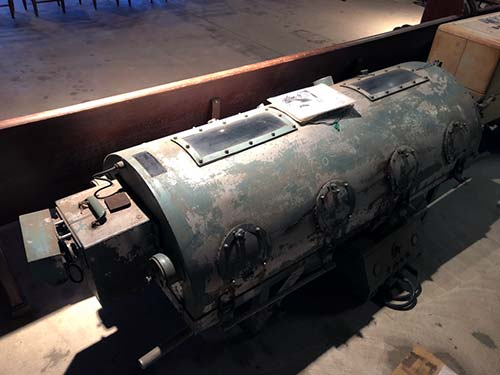Photo of Iron Lung from the Williams Clinic