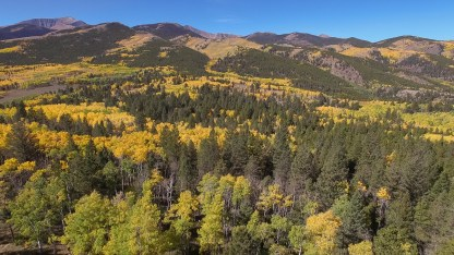 drone-aspen-changing-small-7