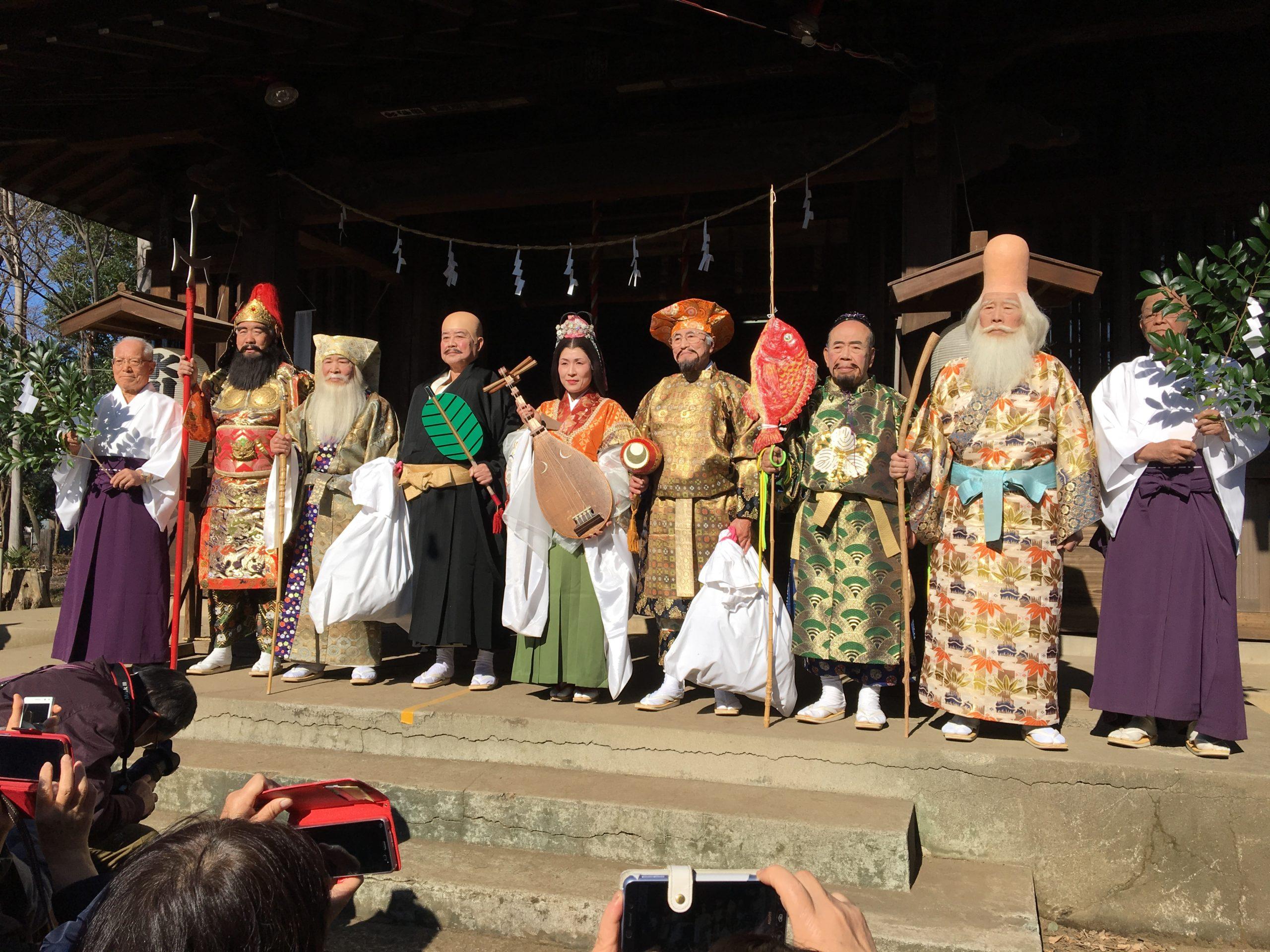 神々も喜ぶ快晴で 第35回与野七福神仮装パレードが開催