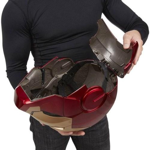 Casco Elettronico Iron Man Marvel Hasbro dettaglio retro