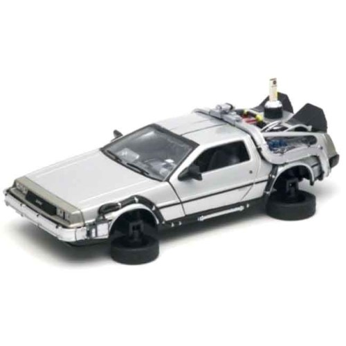 Modellino scala 1 a 24 Delorean Back to the Future 2 dettaglio ruote
