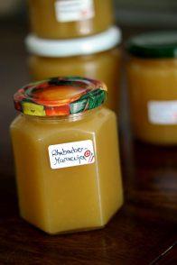 Rhabarber Marmelade mit Maracuja und Zitrone