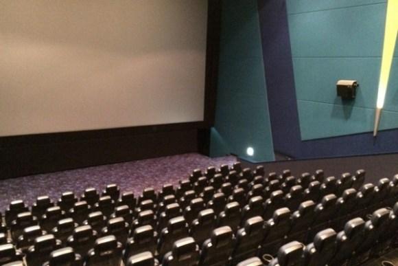 cine02-00