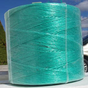 POLY-CTGRN: 1500' GREEN POLY CHRISTMAS TREE TWINE