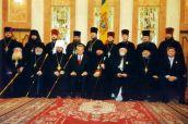 13 octombrie 2000. Înmânarea decorațiilor de stat unui grup de clerici ai Mitropoliei Moldovei