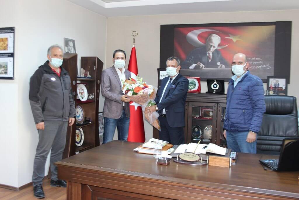 """CHP Muğla Milletvekilleri Özcan ve Girgin AB coğrafi işareti için MİTSO'yu kutladı. """"ZEYTİNYAĞINDA ÇITAYI DAHA DA YÜKSELTECEĞİZ"""""""