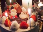 クリスマスになぜケーキを食べる?