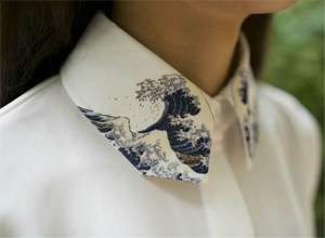 Fine Art Collection Japanese painting Hokusai's The Great Wave of Kanagawa white Shirt or sleeveless top with wave collar [Etsy]