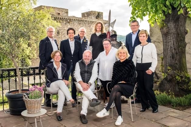 Die neuen Brömserburg-Besitzer wollen über 2 Millionen Euro investieren. Foto: Arne Landwehr.